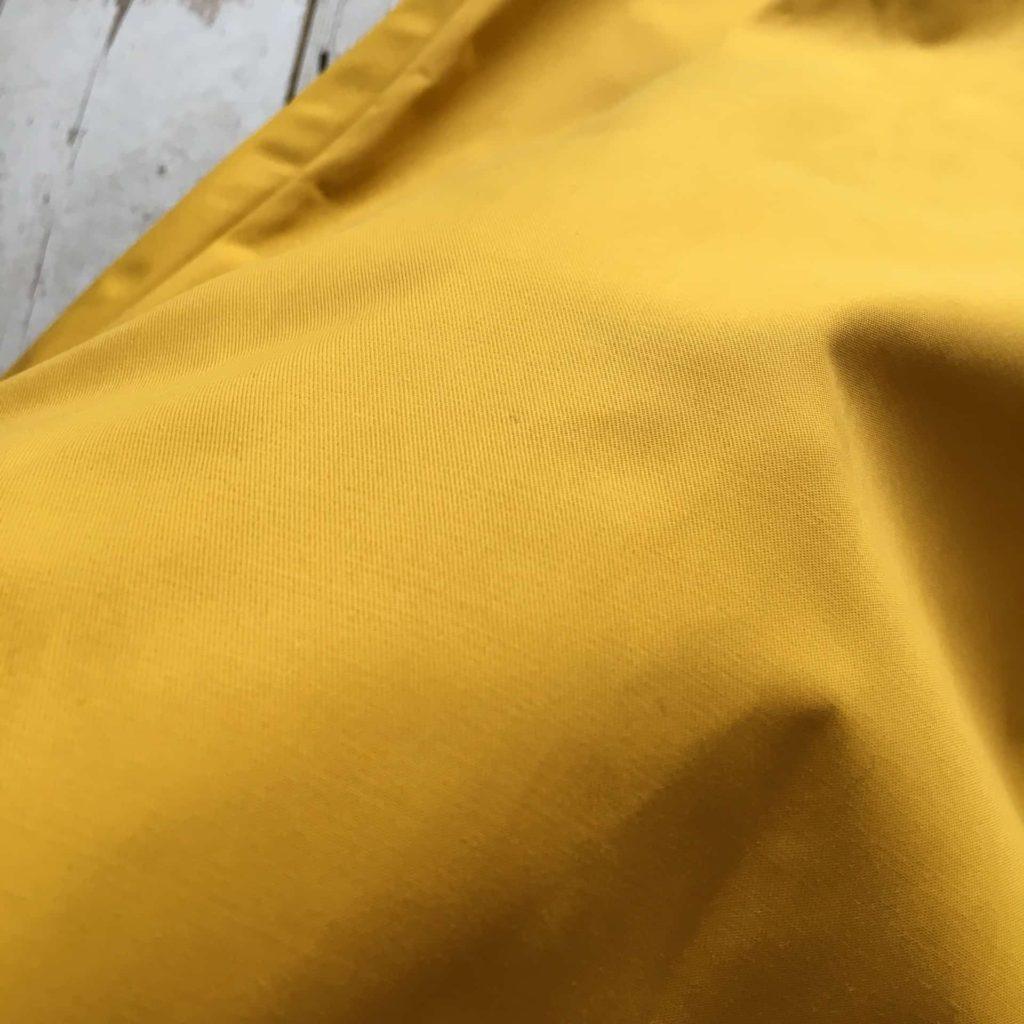 GU ジーユー イージーカラースカート イージーカラーフレアスカート イエロー コーデ
