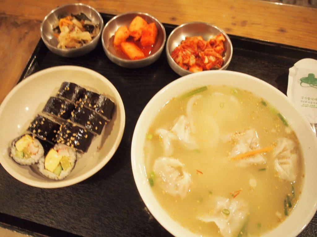 班家食工房 ランチ 鶴橋 韓国料理 メニュー 値段 安い マンドゥ 餃子