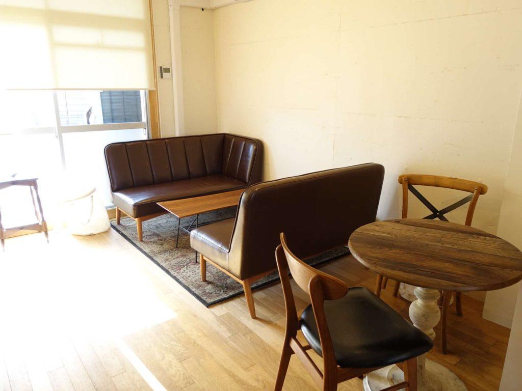COMMA,COFFEE コンマコーヒー 東京 ひばりヶ丘 東久留米 西東京 カフェ ぐりとぐら パンケーキ 店内