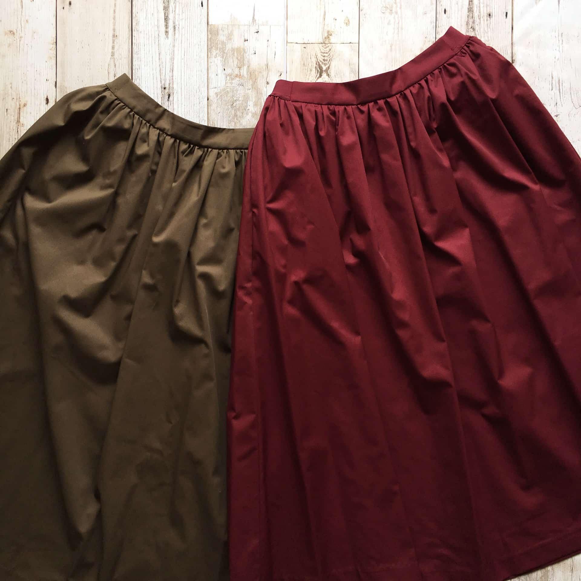 ユニクロ「ハイウエストコットンボリュームスカート」ハリがあって高見え。コーデしやすい!