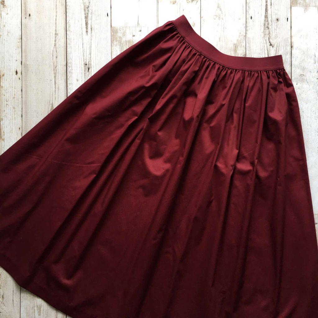 ユニクロ ハイウエストコットンボリュームスカート カラー レッド