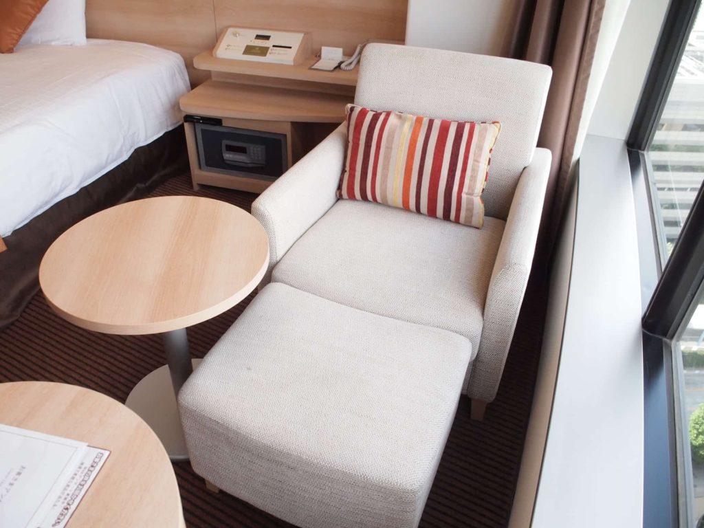 新横浜プリンスホテル レディースシングル レディースフロア 女性専用フロア ソファ 部屋 客室 画像