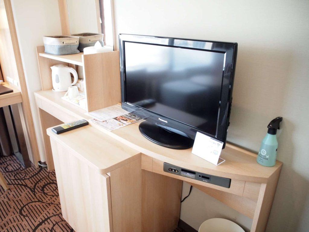 新横浜プリンスホテル レディースシングル レディースフロア 女性専用フロア テレビ 部屋 客室 画像