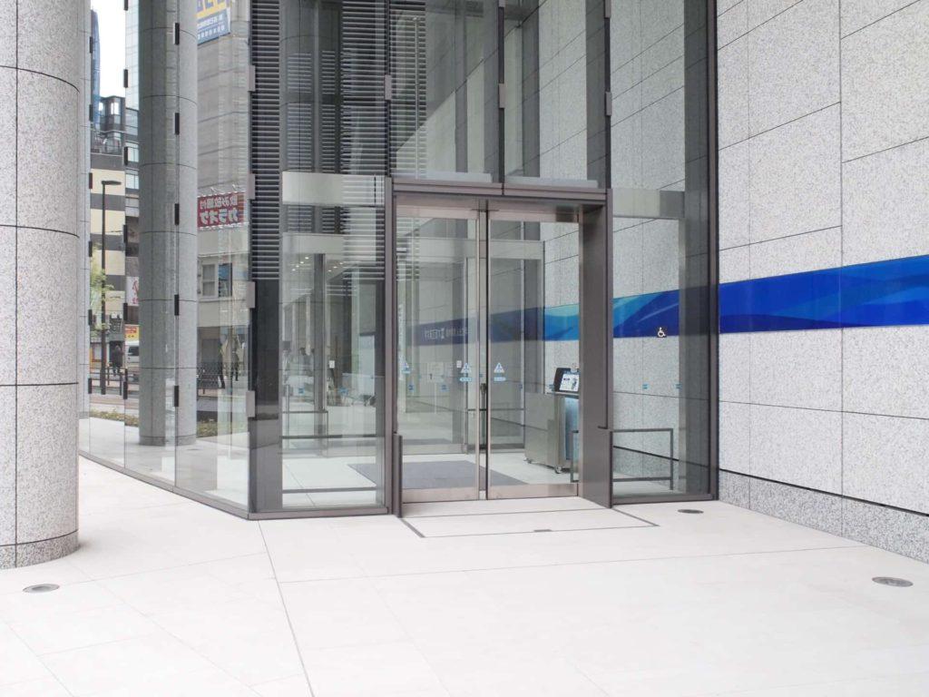 Eggs'n Things エッグスンシングス 大阪 梅田茶屋町店 アクセス 行き方