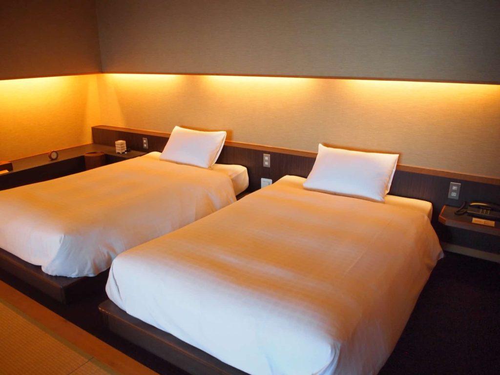 ホテルニューアワジ ヴィラ楽園 宙の庭 旅行記 宿泊レポ 部屋 ブログ ベッド