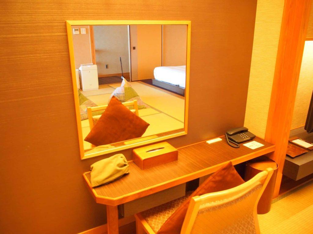ホテルニューアワジ ヴィラ楽園 宙の庭 旅行記 宿泊レポ 部屋 ブログ 鏡台