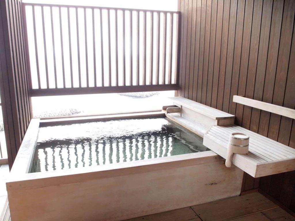 ホテルニューアワジ ヴィラ楽園 宙の庭 旅行記 宿泊レポ 部屋 温泉 露天風呂