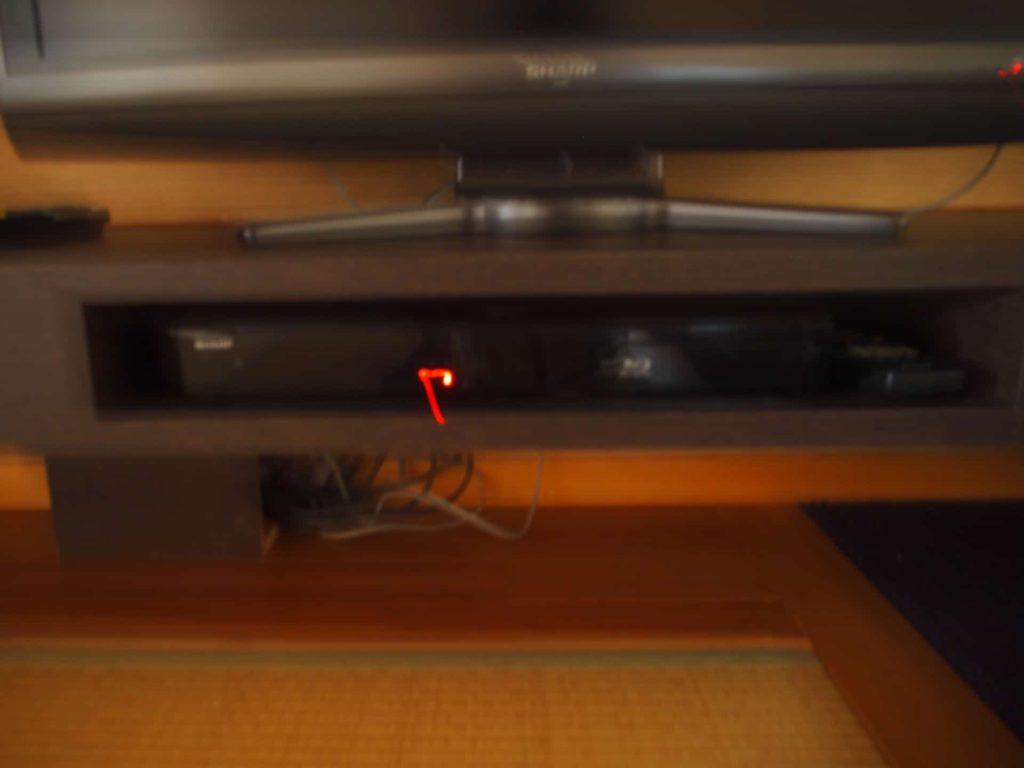 ホテルニューアワジ ヴィラ楽園 宙の庭 旅行記 宿泊レポ 部屋 ブログ アメニティ 備品 Blu-ray ブルーレイプレーヤー