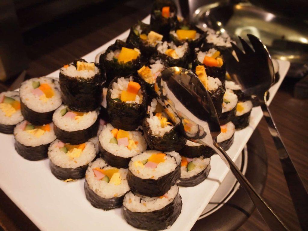 プングム 新大久保 ランチ 韓国料理 食べ放題 バイキング ビュッフェ メニュー キンパ