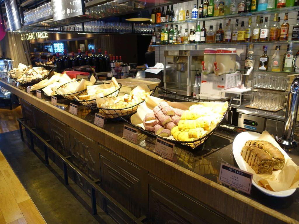 BBQ33 大阪 梅田 グランフロント ランチ パン食べ放題 ドリンクバー ドリンク飲み放題
