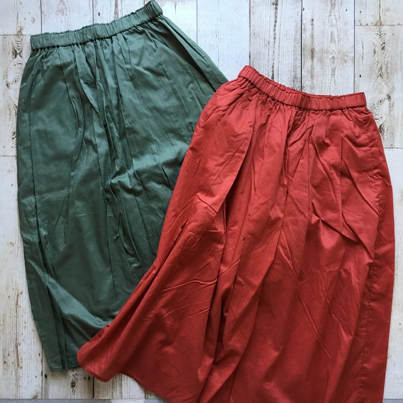 ユニクロ「ハイウエストコットンローンボリュームスカート」コーデ自在のふんわりカラースカート