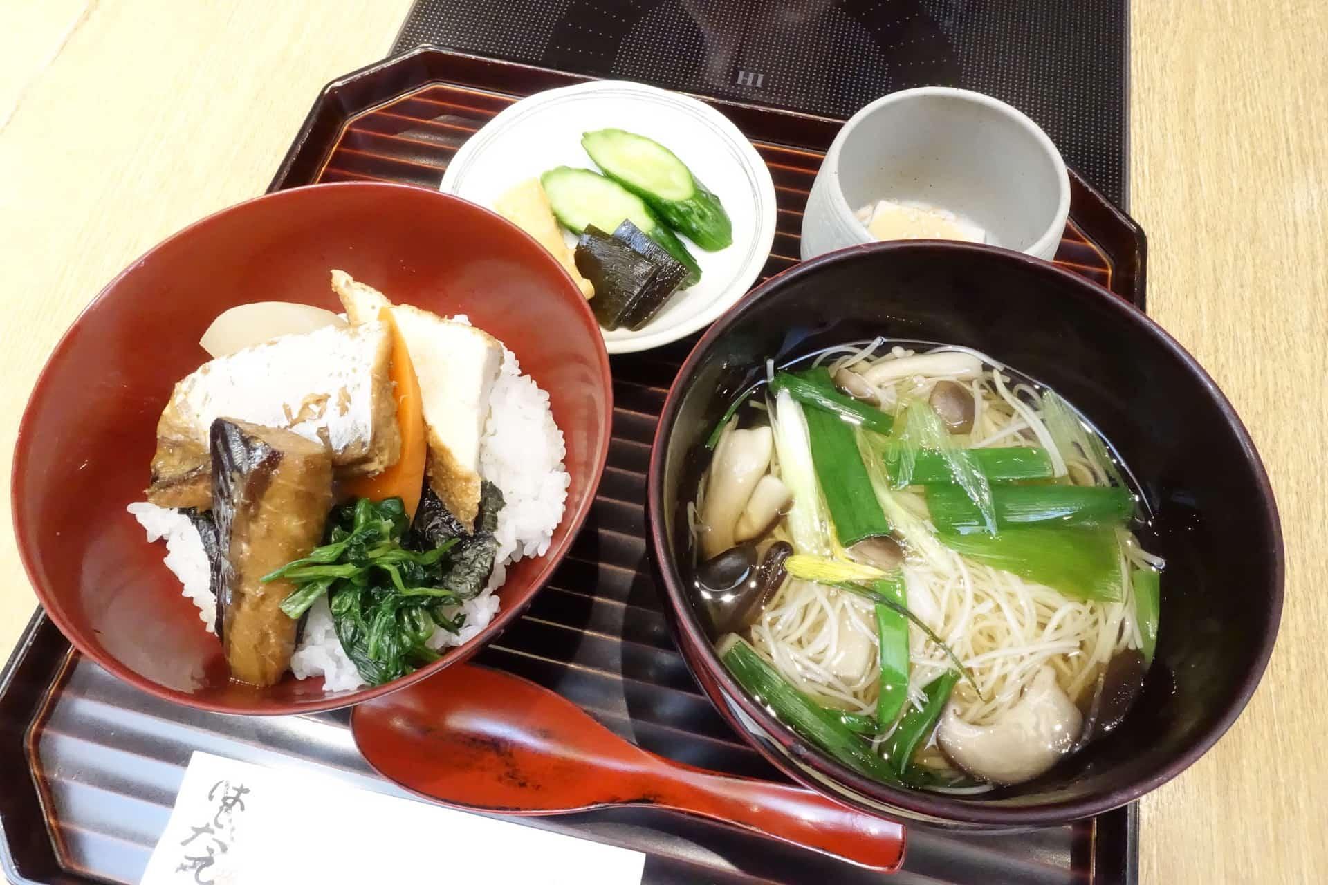 京都駅・スバコにある「はしたて」でランチ。混雑必至でも並ぶ価値アリでおすすめ和食