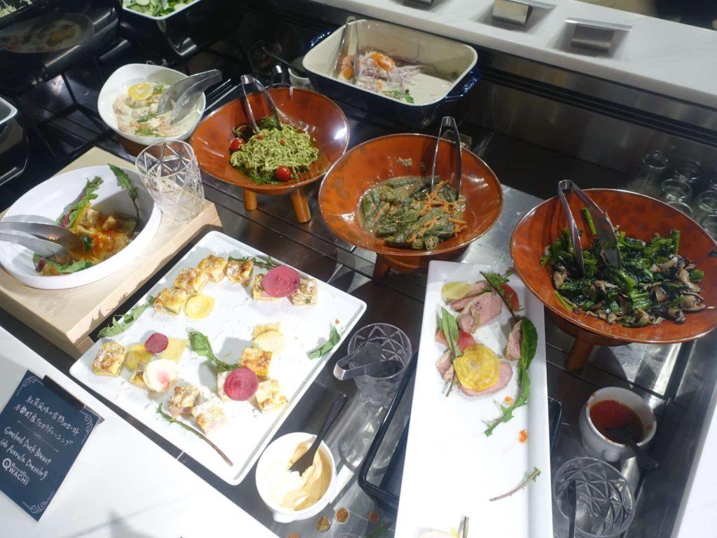 沖縄マリオット レストラン 夕食 ディナー ビュッフェ クワッチー ブログ オキナワマリオットリゾート&スパ